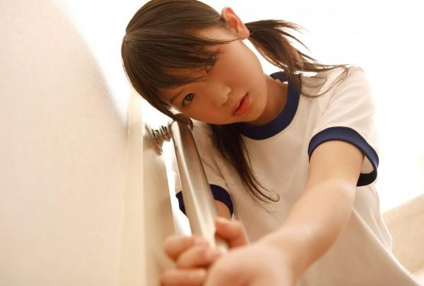疑似ロリ娘童顔美少女エロ画像10