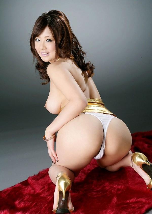 Жопастые японки дамы