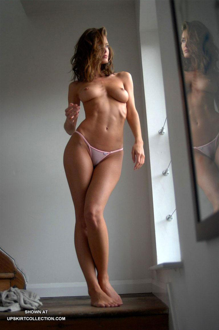 Фото красивых девушек с красивой голой фигурой 17 фотография