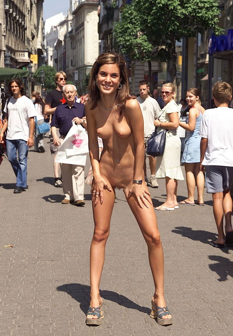 big boobed babes naked