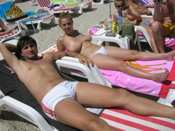 nudistbeach0828336