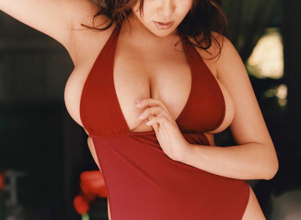 ハミ乳横乳おっぱいエロ画像22