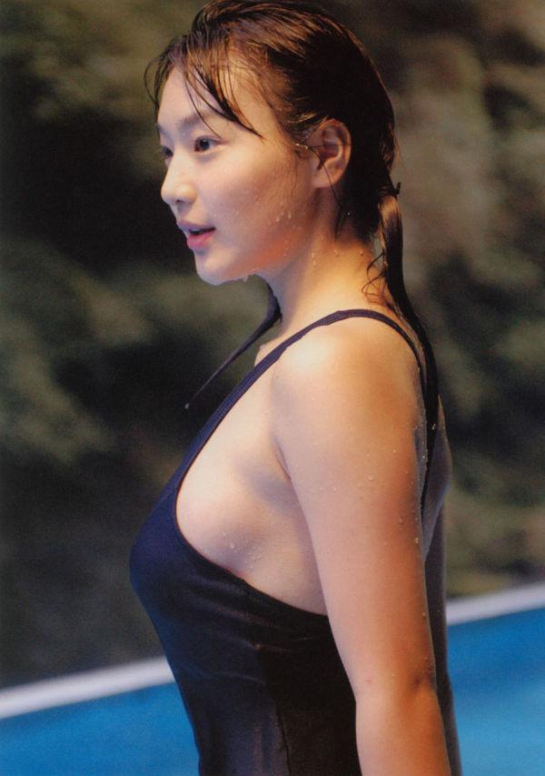 ハミ乳横乳おっぱいエロ画像33