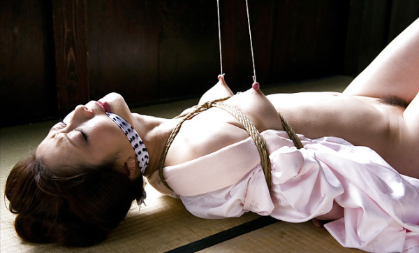 img.nipple-img.com_wp-content_uploads_2014_08_0825118