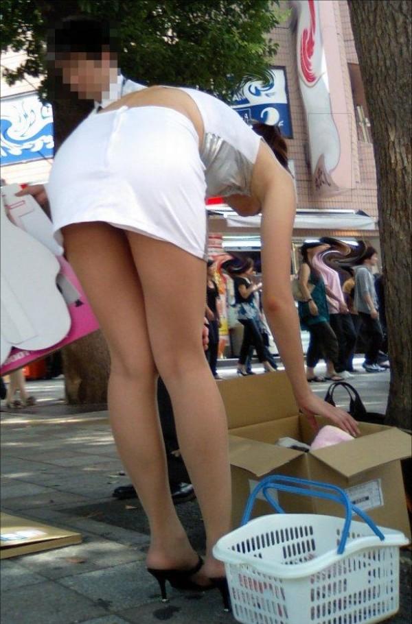 タイトスカートの美脚エロ画像11