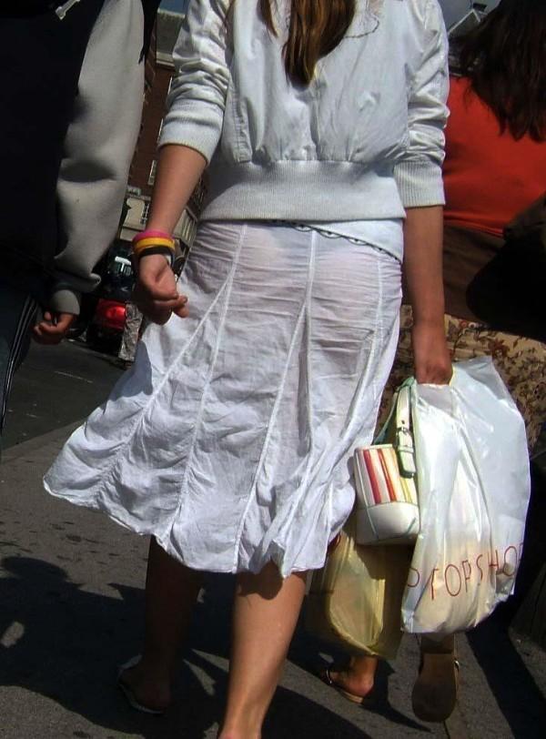 スカート透けパンエロ画像18