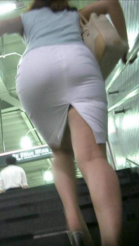 スカート透けパンエロ画像05