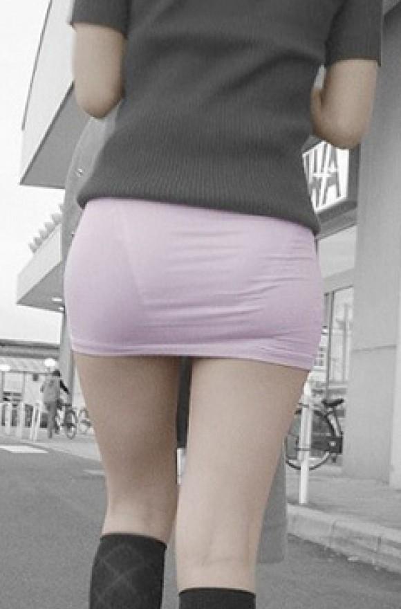 スカート透けパンエロ画像13