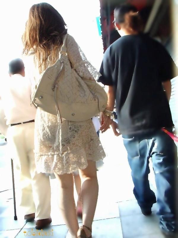 スカート透けパンエロ画像16