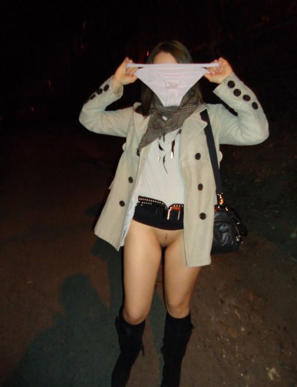 素人変態女の野外露出19