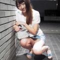 【パンチラ画像】油断したお姉さんの股間から見えるパンツってマジ最高www