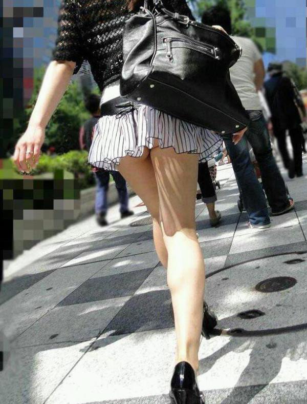 街撮りお姉さん美脚画像09