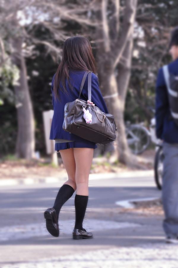 街撮り女子校生の美脚12