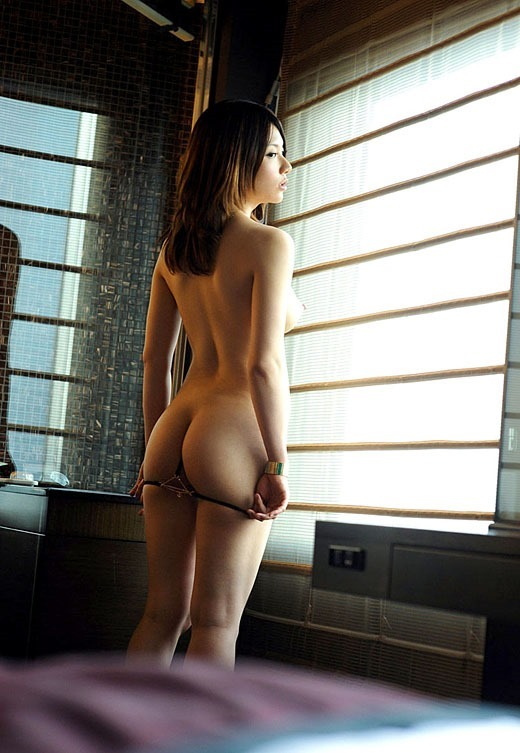 女性の綺麗なヌードエロ画像19