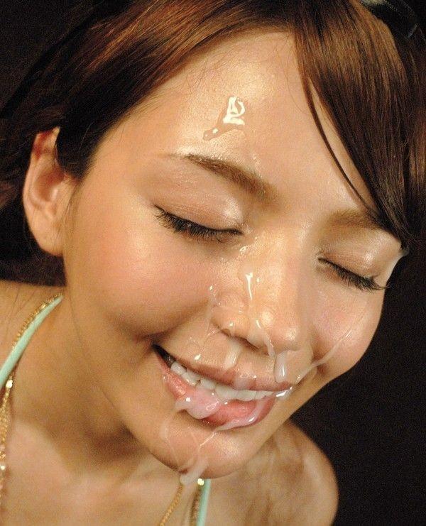 めちゃめちゃ濃い精子を顔にかけられるエロ画像15