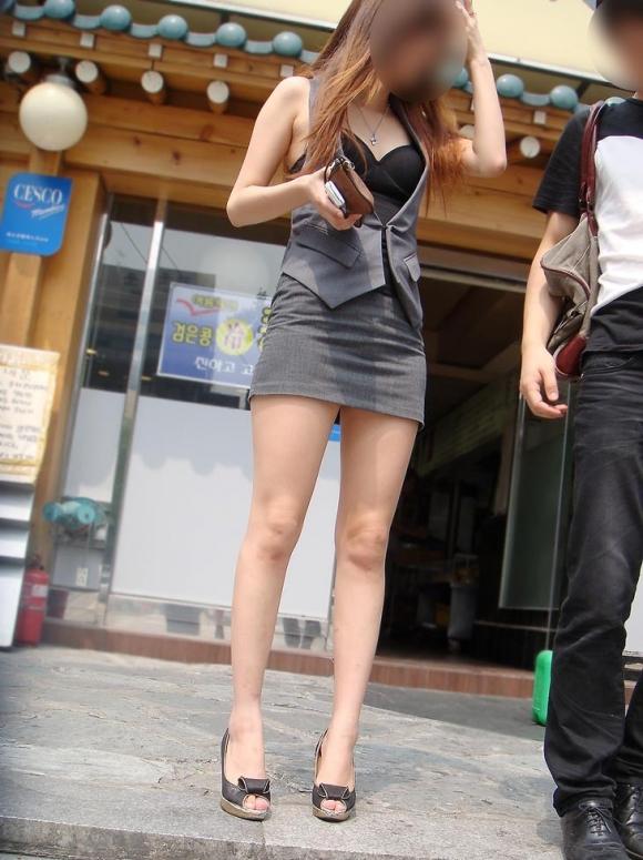 ミニスカート素人エロ画像14