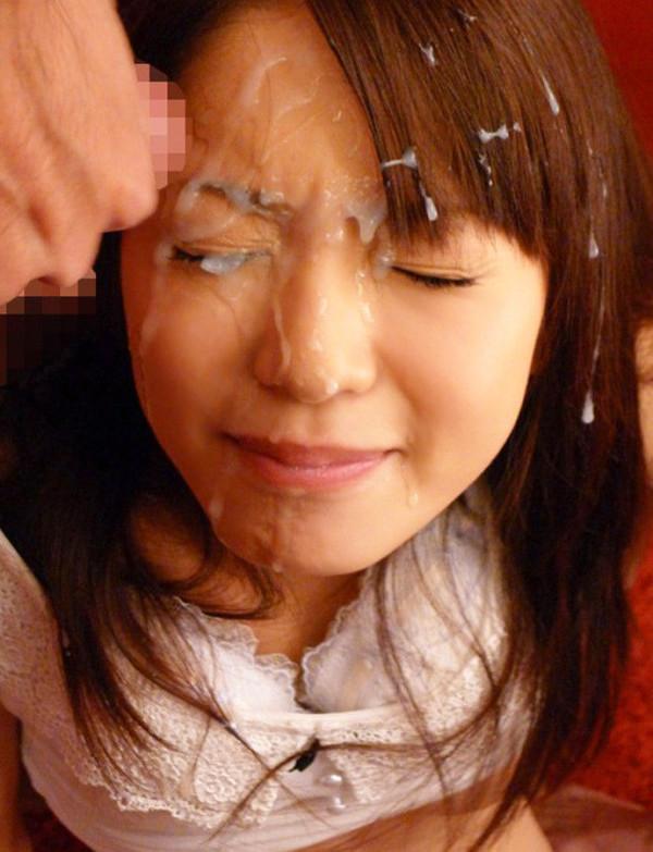 めちゃめちゃ濃い精子を顔にかけられるエロ画像12