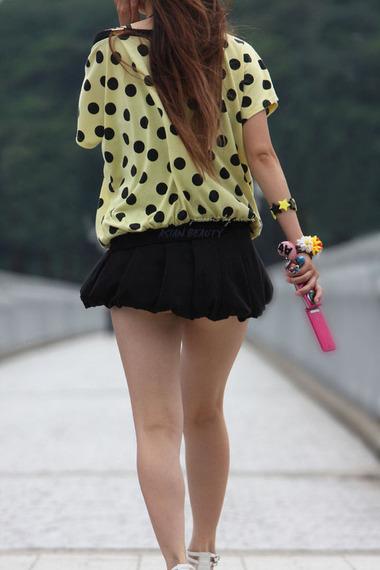 ミニスカート素人エロ画像12