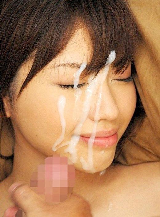 めちゃめちゃ濃い精子を顔にかけられるエロ画像03