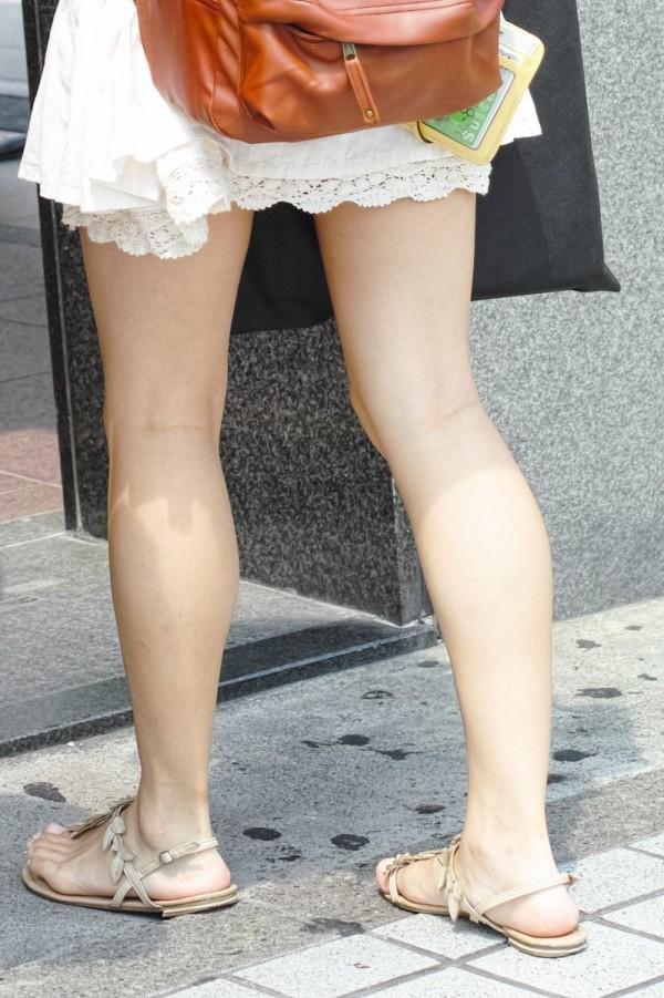 美しいと言われる綺麗な脚エロ画像09