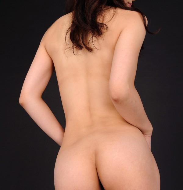 男の欲情を掻き立てる背中エロ画像11