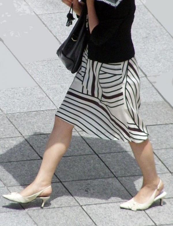 美しいと言われる綺麗な脚エロ画像12