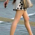 スカートを履いた女性のエロ画像000