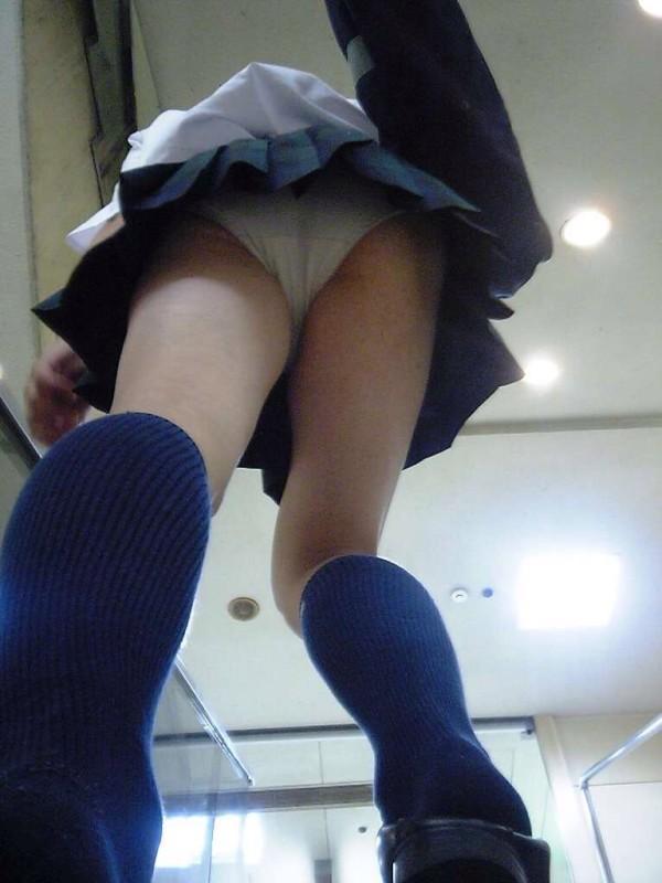 脚をペロペロと舐めたくなるエロ画像08