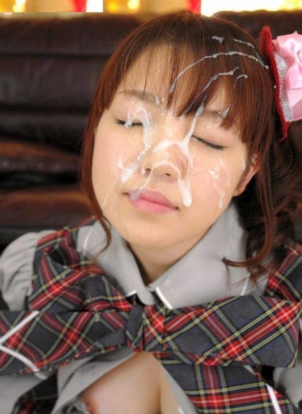 顔射された女が悲惨すぎるエロ画像01