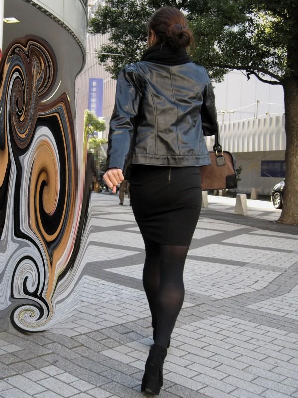エロく見えちゃう街撮りエロ画像01