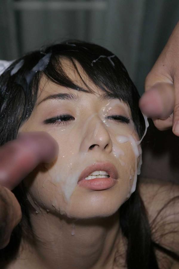 顔射された女が悲惨すぎるエロ画像02
