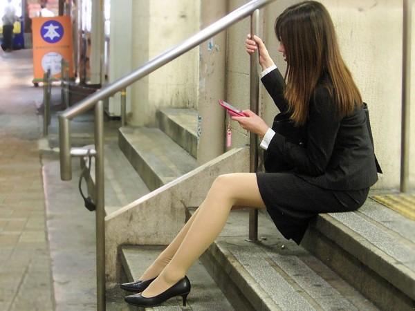 街中で働く美人OLエロ画像19