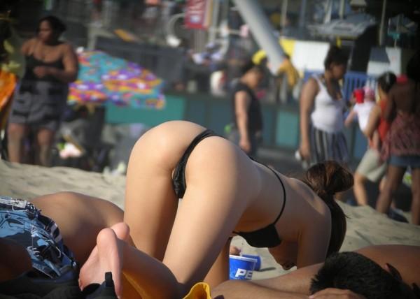 男を誘惑するTバックエロ画像19