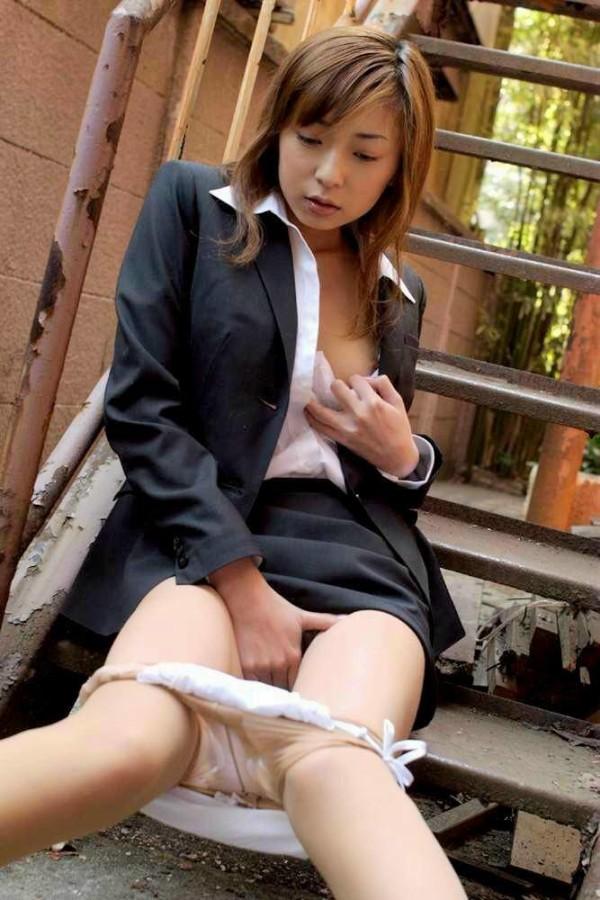 淫乱女のオンパレードエロ画像07