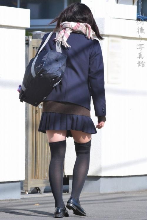 ニーソックスの女子校生のエロ画像09