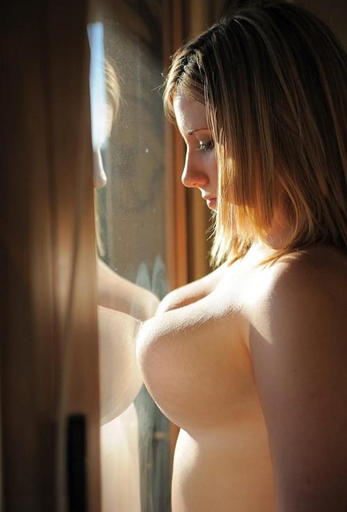 美しい外人お姉さんのヌードエロ画像14