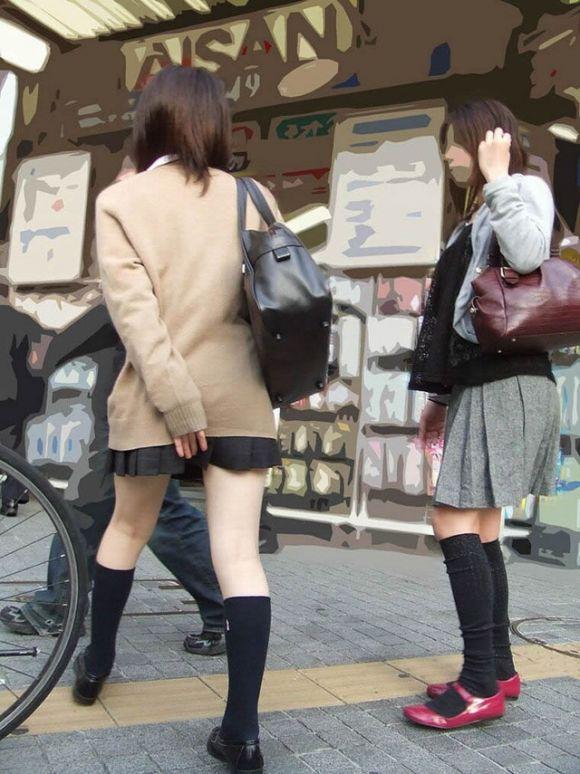 ムチムチした女子校生街撮りエロ画像03