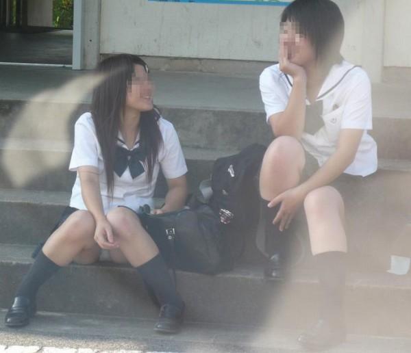 ミニスカ女子校生エロ画像06
