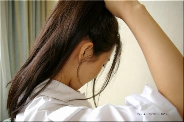 フェロモン漂う美女のうなじのエロ画像06