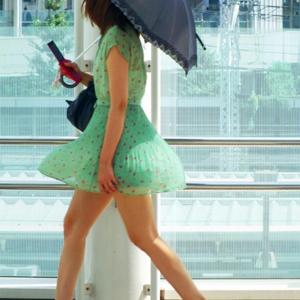 (ミニスカえろ写真)モデルでもないシロウトモデルたちが持つお尻や生脚はいつ見てもいい☆☆☆