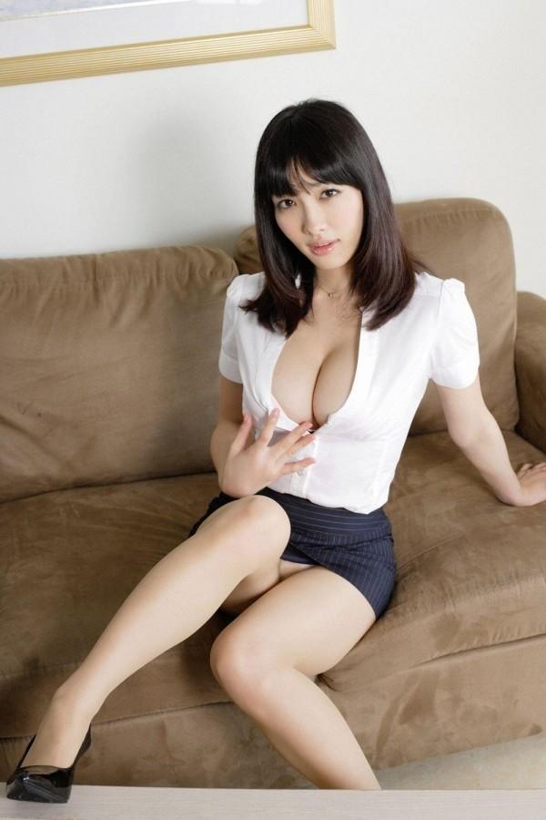 人気急上昇中の今野杏南ちゃんのエロ画像07