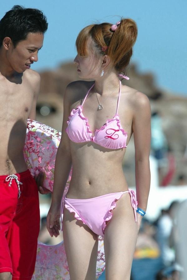 スタイルが良い女性は何を着ても似合ってるエロ画像09