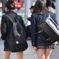 女子校生たちの美脚が堪らない街撮りエロ画像000
