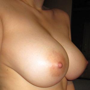 (ロケット乳えろ写真)美巨乳を超えた存在のロケット乳と言われるお乳を持った女子たち☆☆☆