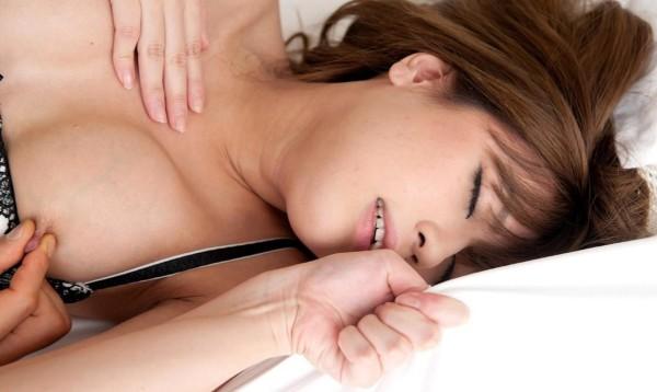 喘ぎまくってる美人の女の子のエロ画像10