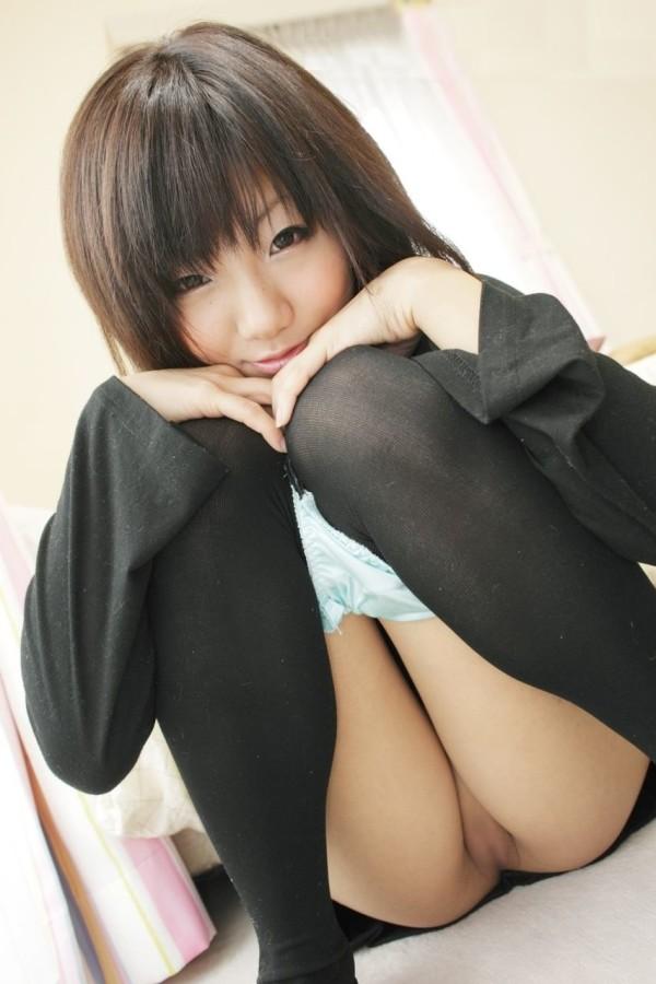 可愛い女の子のパイパンエロ画像07