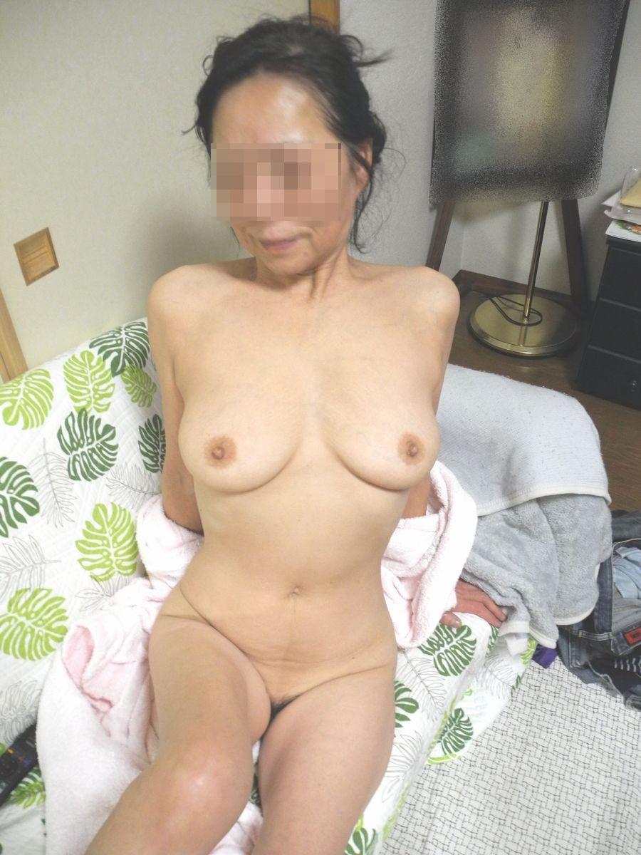 むっちり熟女エロ画像02