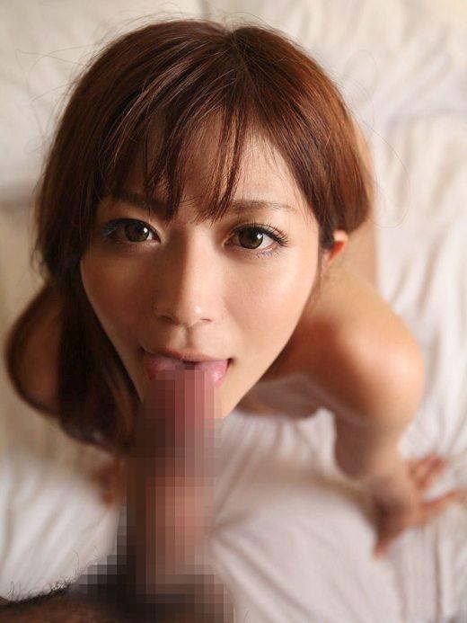 舌技を使う綺麗なお姉さんたちのエロ画像12