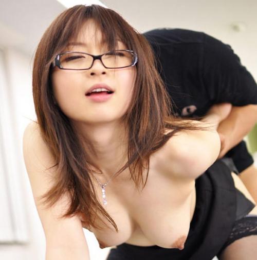 メガネ女子エロ画像10