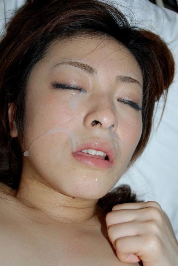 ぶっかける顔面射精エロ画像03
